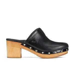 UGG Kay Clogs Studded Black W's Size 7